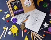 Space adventure, a personalised kids craft kit and story book.  Includes space themed craft and art supplies to spark a child's imagination.