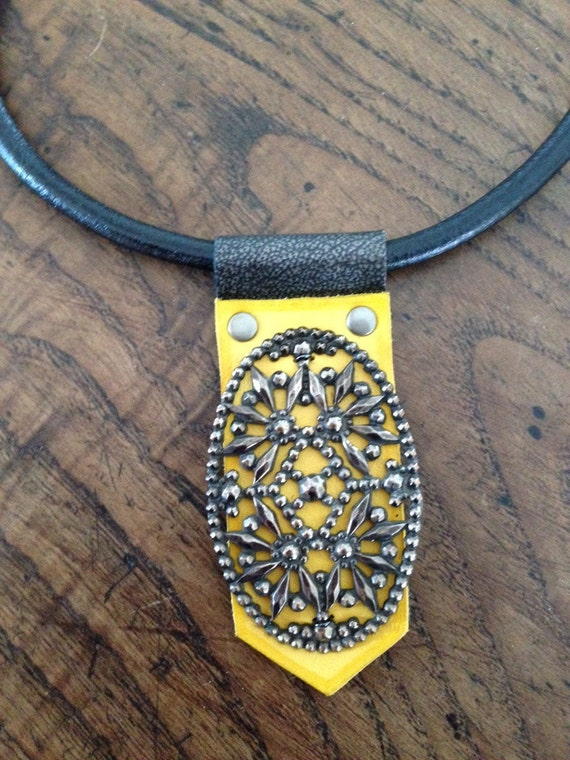 French Steel Buckle Leather Choker Necklace