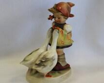 Goebel Hummel GOOSE GIRL 47/0 1958-1972 Porcelain Figurine