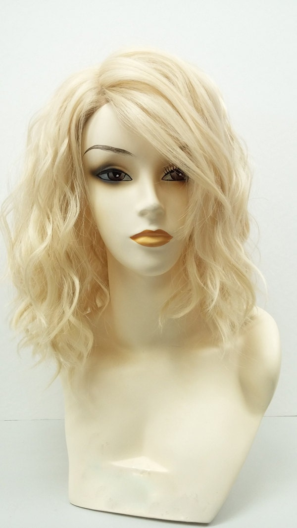 Blonde 13 Year Old: 13 Inch Wavy Blonde Lob Lace Front Wig. Premium Heat Resistant