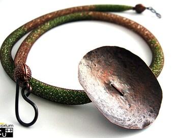 Handmade necklace/Copper pendant/Hammered pendant/Tubular NET/Green beads/Gold beads