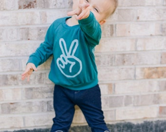 Peace sign toddler raglan, peace hand unisex kids shirt, unique toddler gift, hipster kids clothes, trendy toddler graphic tee, EVERGREEN