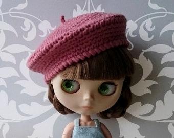 Parisian style Blythe beret
