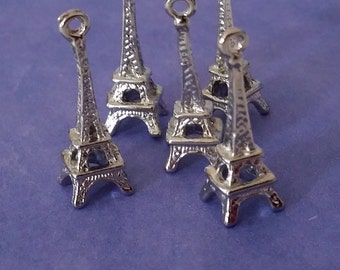 5 Antiqued Silver Eiffel Tower Charms | Paris Charm | 2118