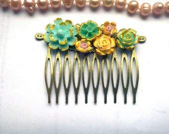 Turquoise Hair Comb Mint Bridal comb teal hair comb green flower comb green hair comb flower hair comb turquoise comb wedding teal comb mint