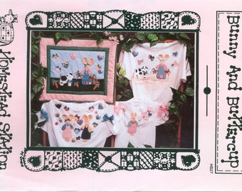 Homestead Station Bunny and Buttercup Applique Wall Hanging Pattern