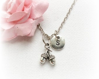 Cute necklace, Acorn Necklace, Acorn Jewellery, Acorn Gift, Acorn Charm Jewelry, Personalised Initial Necklace, SPMCINACO1