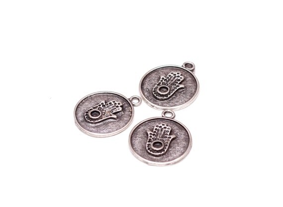 3 pcs antique silver hamsa pendant 26mm hamsa disc pendant large 3 pcs antique silver hamsa pendant 26mm hamsa disc pendant large hamsa coins silver pendant hand of fatima religious pendants from getbead on etsy mozeypictures Image collections