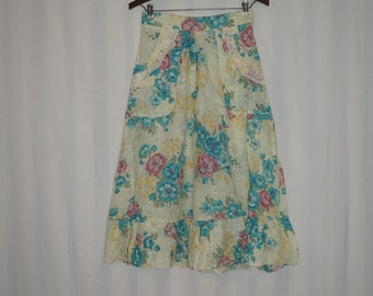 15% OFF!  1960's Vintage Suzy Homemaker Super Cute Skirt / Size Small Hippie Skirt / Flower Power / Good Ol' Days Happy Hippies