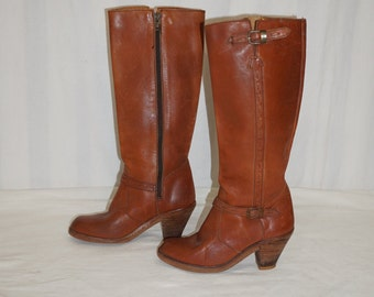Vintage stacked heel zip boots / calf high boots / vintage leather boots / leather zip boots / size 6.5 boot / Town & country / stacked heel