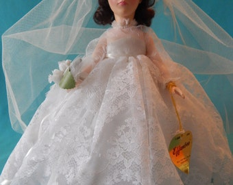 Vintage Effanbee Doll, 3326 Bride Chesnut in box