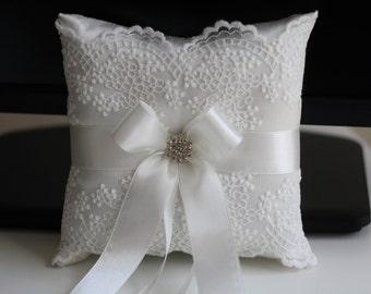 Off-White Wedding Ring Pillow \