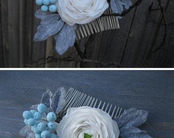 Light blue wedding flower comb Sky blue wedding hair comb Powder blue flowers Bridal hair comb Floral hair piece Winter hair accessory