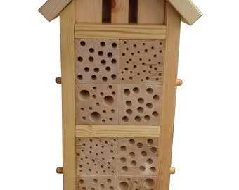 Maxi Bee and Bug House