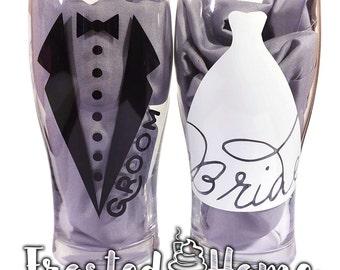 Bride & Groom Custom Beer Pilsners, Couples Glasses, His and Hers, Wedding Glasses, Wedding Pilsners, Wedding Beer Glasses, Newlyweds