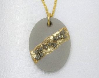 Concrete pendant necklace * pyrites / pyrite *.