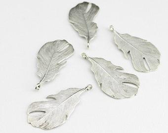 Antique Silver Feather Pendant Charm - 5 Pieces