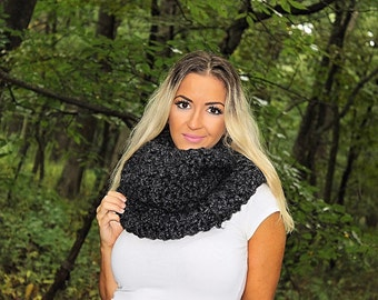 Chunky Infinity Scarf, Grey Infinity Scarf, Grey Loop Scarf, Grey Crochet Scarf, Grey Circle Scarf, Grey Wool Scarf, THE EVEREST