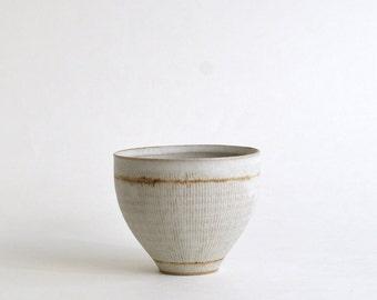 Senmon Round Cup (White)/ Koji Kitaoka (15005702-LW)