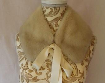 White mink collar