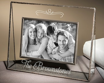 Family Picture Frame Personalized Engraved Glass Photo Frame Gift for Mom Dad Wedding Couple Grandparents 4x6 Horizontal Pic 319-46H EP501