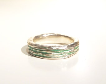 Groove ring (pale green)