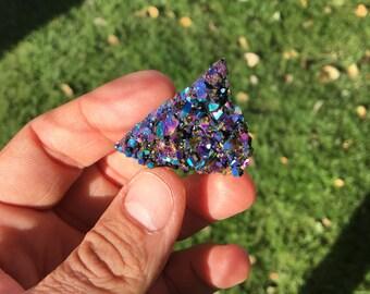 Rainbow Aura Quartz/ Quartz Crystal/ Crystal Grid/ Meditation/ Healing Crystals/ Reiki Energy/ Gems and Mineral/ Wicca/ Altars and Shrines