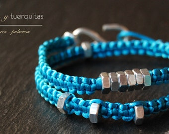 nuts and tuerquitas brilliant blue necklace
