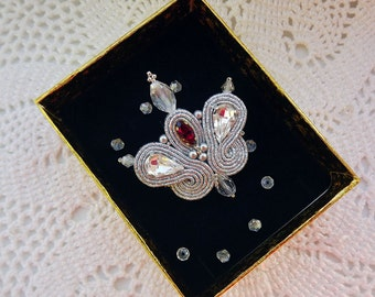 Soutache brooch small Royal lily brooch Soutache jewelry Hand embroidered small brooch soutache Silver red white soutache brooch