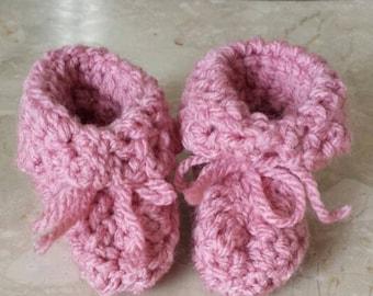 Baby girl booties, baby girl, baby booties, baby shower, baby slippers, baby girl gift, newborn girl, baby boots, pink baby shoes, baby gift