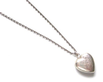 Vintage 1970s Necklace | Silver Heart Pendant | 1970s Silver Heart | Romantic Gifts | Engraved Heart | Simple Heart Pendant