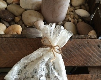 10 Ivory Lace Favour Bags with Rustic Twine