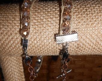 clear/tan glass beaded bracelet