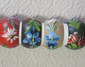 Napkin Rings, Set of 6, Hand Painted Floral on Wood, Vintage