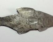Silver metal fish