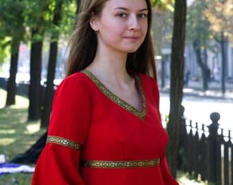 Red folk woman dress witch cosplay