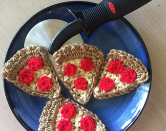 Crochet pizza slices