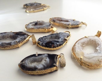 Agate geode vintage pendants set of 4