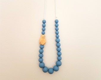 Blue silicone bead nursing necklace/teething necklace