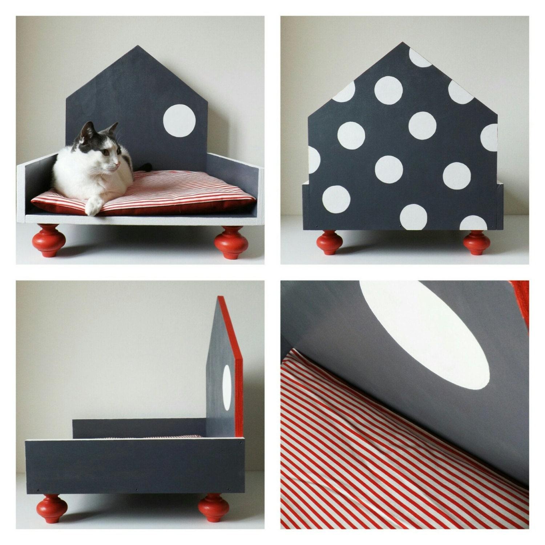 Cuccia di design in legno per gatti e cani di taglia piccola for Nomi per cani taglia piccola