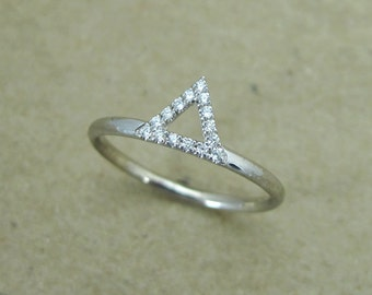 Triangle Diamond Engagement Ring, White Gold Triangle Diamond Ring, Trillion Diamond Engagement Ring, Small Simple Diamond Stacking Ring