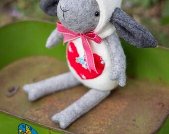 PDF Pattern - 'Sooty' - Felt Sheep/Lamb Softie  - Instant Digital Download - Plush Children's Toy