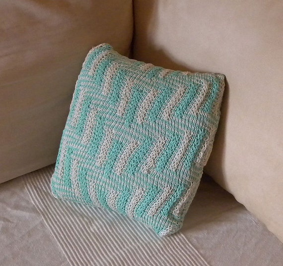 Easy Knitted Cushion Patterns : Cushion Knitting Pattern The Maze knitted pillow by IglinzCrafts