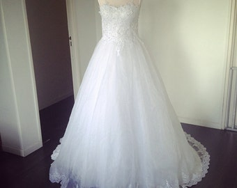 short sleeves wedding dress
