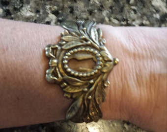 Antique Escutcheon Keyhole Bracelet.                                                          *free U.S. shipping*