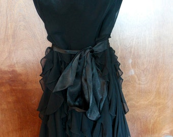 black strapless dress with bow at waist - small