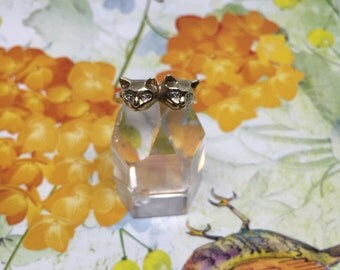 Vintage Cat Ring / Kitten Ring with diamond eyes in 10k Gold