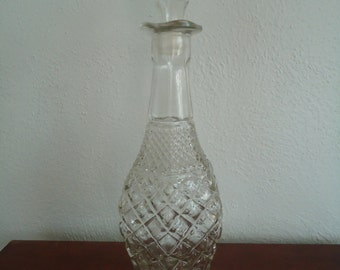 Vintage clear glass Decanter - Vintage decanter - Old decanter - Glass Wexford Decanter - Diamond pattern glass decanter - Vintage glass