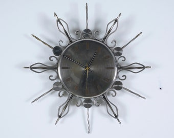 Vintage Retro Starburst Clock Metal Middle 20th century