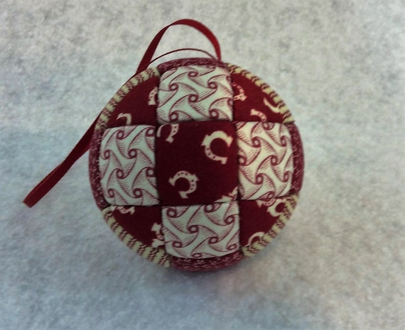 137 Ninth Patch - Red and White Christmas ornament from a quilt pattern